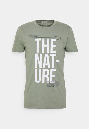 Print T-shirt - greyish shadow olive