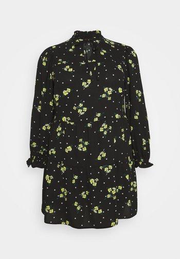 TIERED SMOCK DRESS - Kjole - black