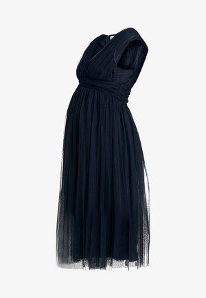 GATHERED V FRONT MIDI DRESS - Vestido de cóctel - navy