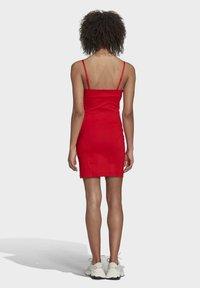 adidas Originals - Vestido ligero - vivid red - 2