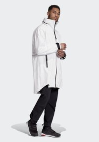 adidas Performance - MYSHELTER RAIN.RDY PARKA - Parka - white - 1