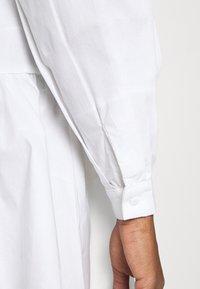YAS - YASSCORPIO DRESS - Blousejurk - bright white - 3