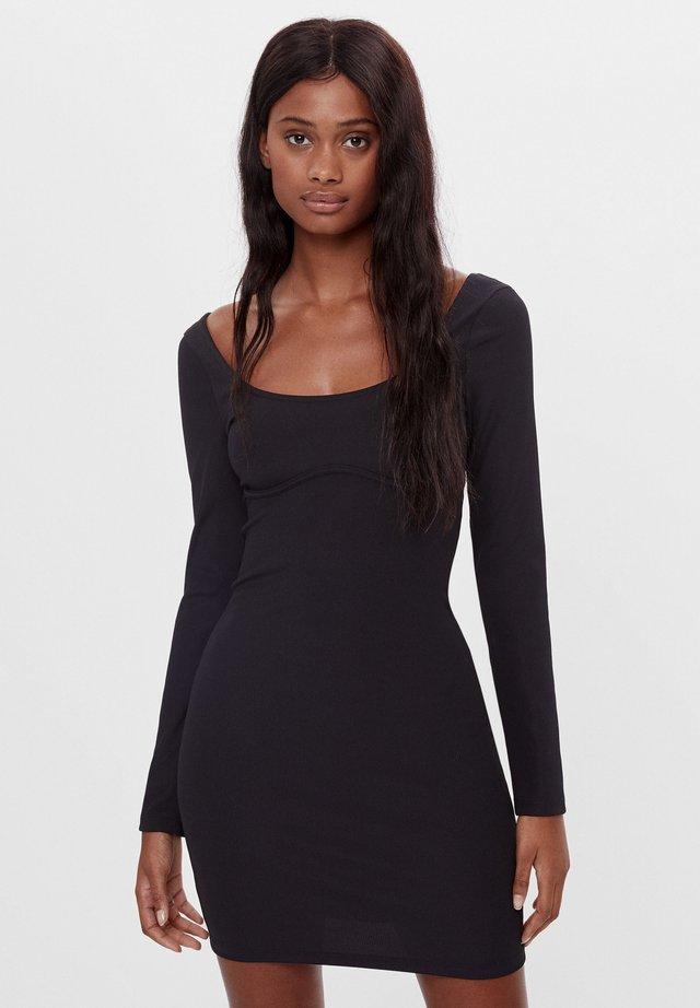 MIT PATENTMUSTER - Denní šaty - black