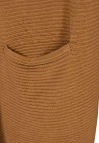 Zizzi - MIT TASCHEN - Waistcoat - brown - 4
