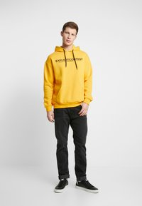 Pier One - Kapuzenpullover - yellow - 1