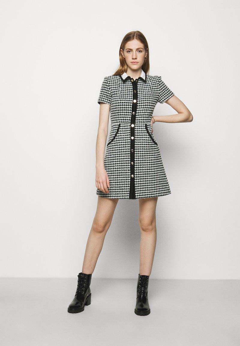 maje - RENAGA - Shirt dress - ecru/vert