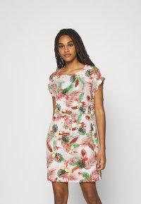 Vero Moda - VMSIMPLY EASY TIE SHORT DRESS - Day dress - birch/selma - 0