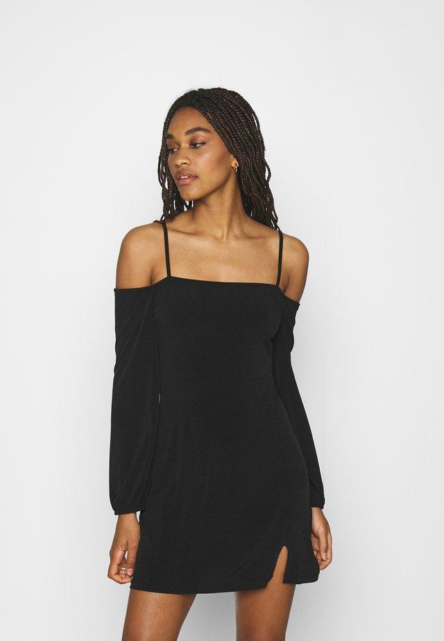 PAMELA REIF OFF SHOULDER MINI DRESS - Trikoomekko - black