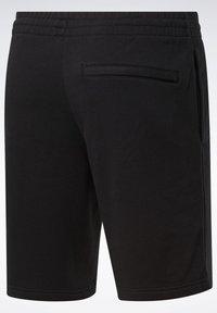 Reebok Classic - CLASSICS VECTOR SHORTS - Shorts - black - 8