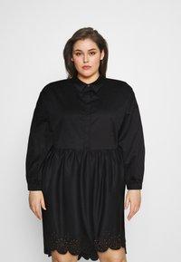 Glamorous Curve - SCALLOP HEM MINI DRESS - Košilové šaty - black - 0