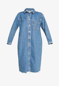 Topshop - LONG LINE SHACKET - Denimové šaty - blue denim - 4