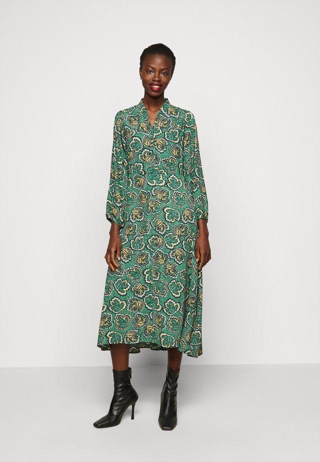 YASBALI LONG DRESS - Korte jurk - botanical garden