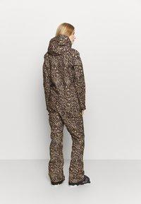 DC Shoes - JUMPSUIT - Pantaloni da neve - brown - 2