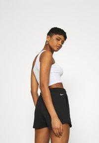 Nike Sportswear - Shorts - black - 4