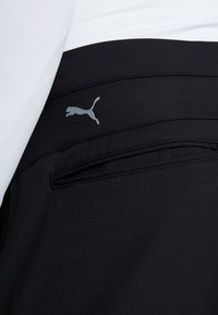 Puma Golf - TAILORED JACKPOT PANT - Kalhoty - black - 5