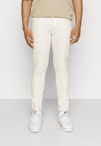 Redefined Rebel - COPENHAGEN - Kalhoty - pristine - 0