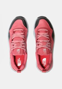 The North Face - W ACTIVIST FUTURELIGHT - Hiking shoes - holly berry/blush - 2