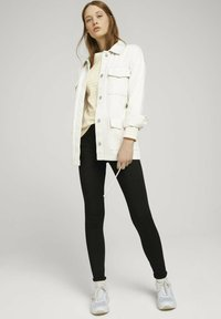 TOM TAILOR DENIM - CONTRAST NECK - Long sleeved top - white yellow stripe - 1