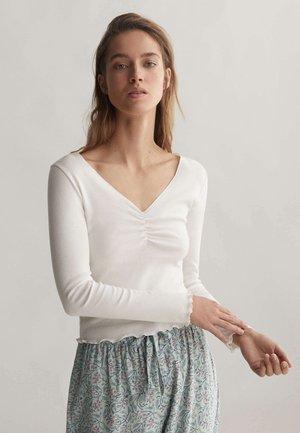 V-NECK - Pyžamový top - white