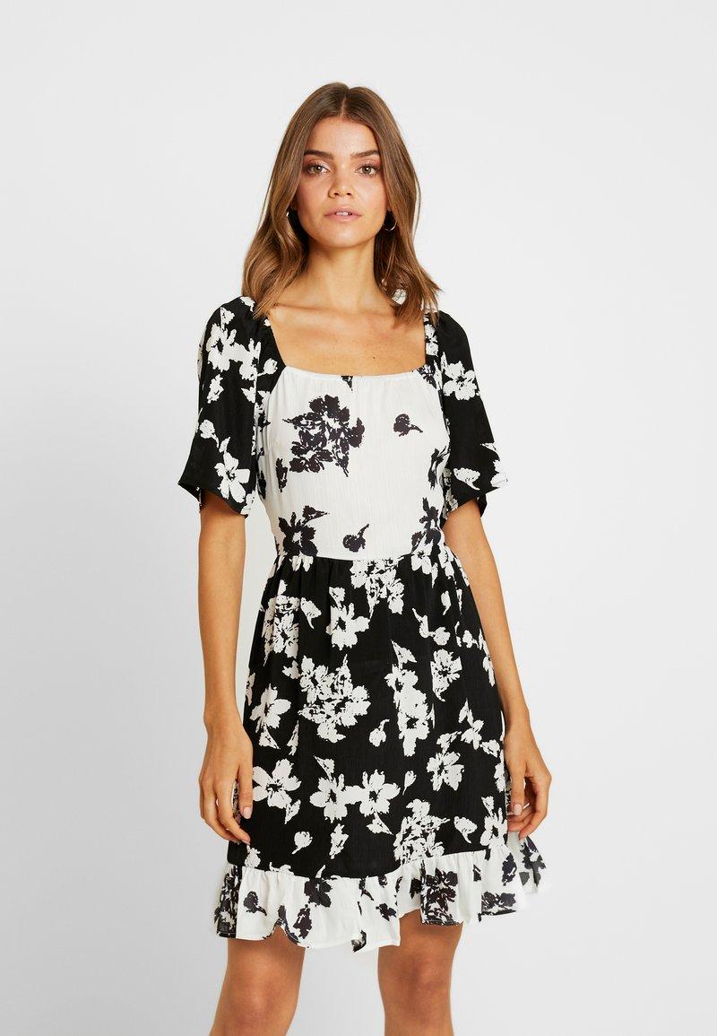 Vila - Denní šaty - black/white