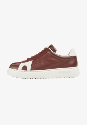 TWS - Trainers - weinrot