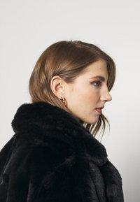 Missguided - SHORT COLLAR COAT - Winter jacket - black - 3