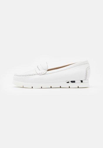 Slippers - white