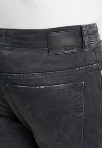 DRYKORN - JAZ - Jeans slim fit - black - 4