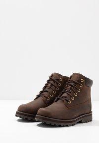 Timberland - COURMA TRADITIONAL - Šněrovací kotníkové boty - dark brown - 3