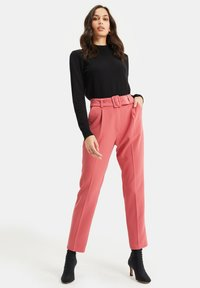WE Fashion - Trousers - pink - 1