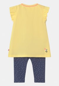 Staccato - SET - Trousers - yellow/dark blue - 1