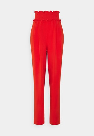 SMOCKED JESSI PANT - Trousers - fire coral