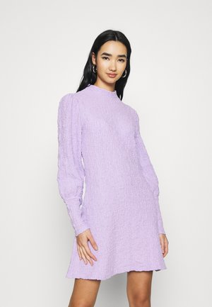 YASWINNIE DRESS - Day dress - lavender fog