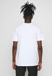Daily Basis Studios - DAILY LOGO - Print T-shirt - white - 2