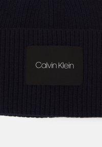 Calvin Klein - BEANIE UNISEX - Beanie - blue - 2