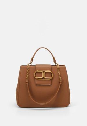 LOGO HARDWEAR SATCHEL - Handbag - mou