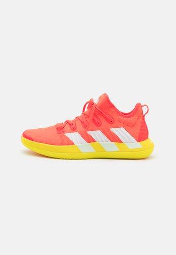 STABIL NEXT GEN PRIMEBLUE - Handball shoes - orange