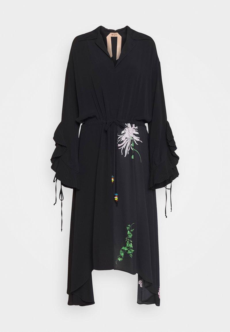 N°21 - Vestido camisero - nero