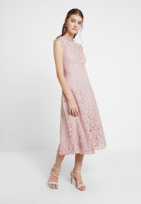 mint&berry - Cocktail dress / Party dress - rose - 0