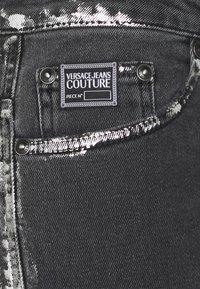 Versace Jeans Couture - COMFORT - Slim fit -farkut - black - 8