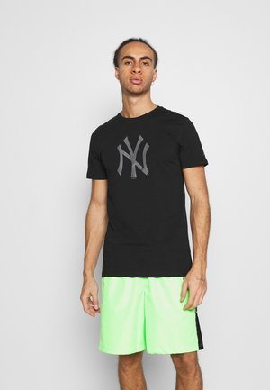 NEW YORK YANKEES REFLECTIVE PRINT TEE - Club wear - black