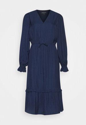 SLFCALLIE DAMINA MIDI DRESS  - Denní šaty - maritime blue