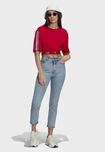 PRIMEBLUE ADICOLOR ORIGINALS RELAXED T-SHIRT - Print T-shirt - scarlet