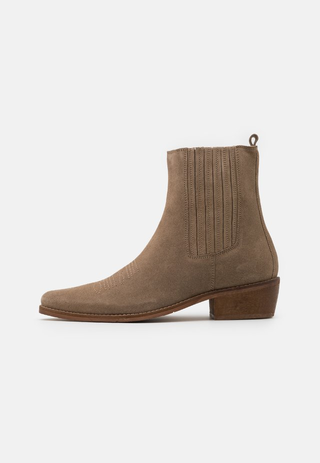 LEATHER - Cowboy/biker ankle boot - taupe