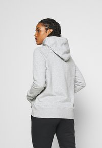 Under Armour - RIVAL HOODIE - Mikina s kapucí - steel medium heather - 2