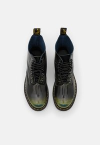 Dr. Martens - 1460 PASCAL 8 EYE BOOT UNISEX - Veterboots - black/marsh green/dark teal/multicolor arcadia - 3