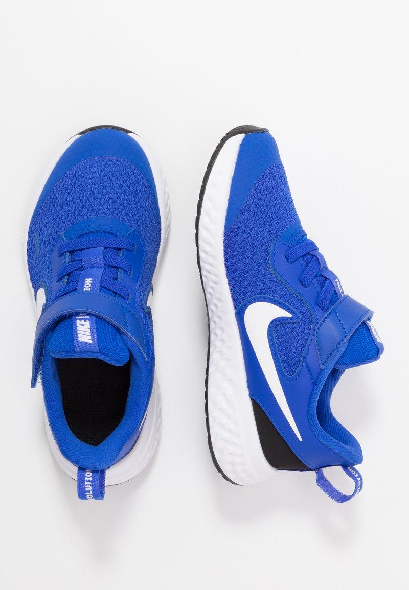 Nike Performance - REVOLUTION 5 UNISEX - Neutrální běžecké boty - racer blue/white/black