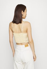 Hollister Co. - TIE BARE - Topper - yellow - 2