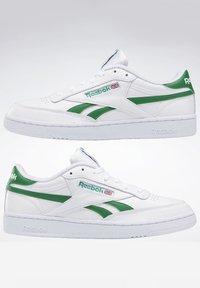 Reebok Classic - Zapatillas - white - 6