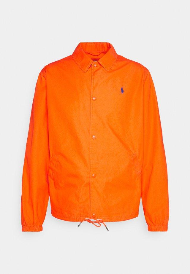 COACH UNLINED  - Korte jassen - spectrum orange